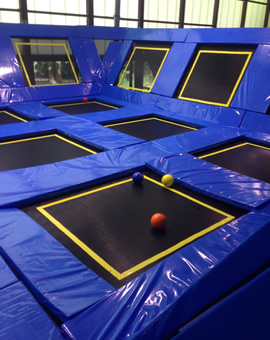 mega jump der indoor trampolinpark in schw bisch hall. Black Bedroom Furniture Sets. Home Design Ideas